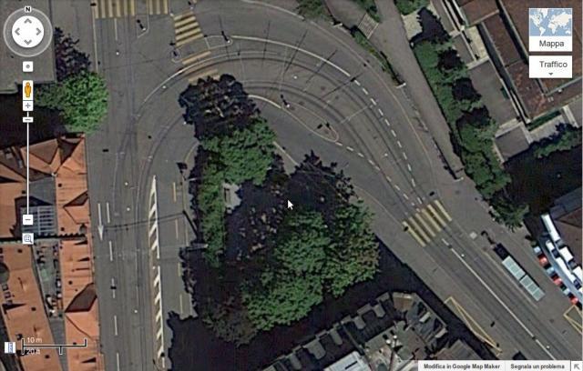 Confronto Padova - Zurigo: Leonhardstrasse da satellite